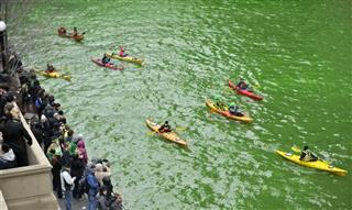 St. Patrick's Day, Chicago River