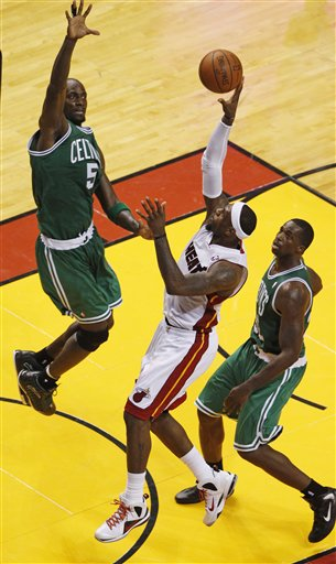 LeBron James, Kevin Garnett, Brandon Bass