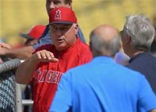 Mike Scioscia, Stan Kasten, Mark Walter