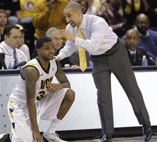 Shaka Smart, Troy Daniels