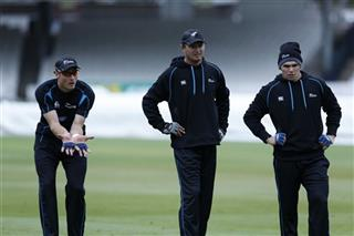 Martin Guptill, Bruce Martin, Tom Latham