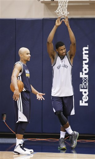 Jerryd Bayless, Rudy Gay