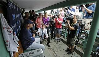 Terry Francona, writers, photographers, bench