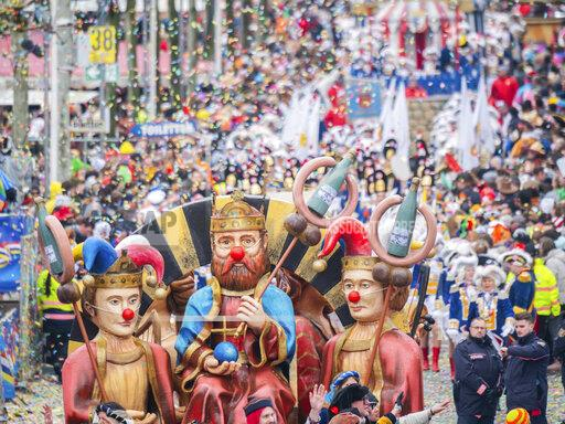 Rose Monday with carnival parades in the foolish strongholds