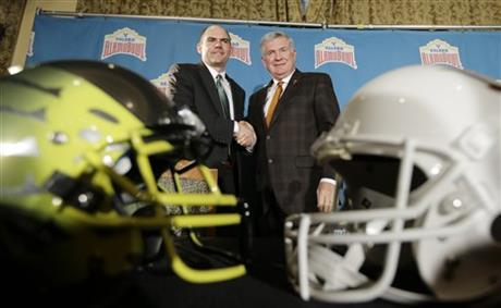 Mack Brown, Mark Helfrich
