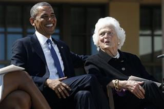 Barack Obama, Barbara Bush