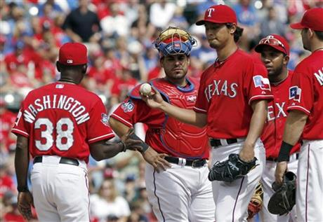 Yu Darvish,  Ron Washington, Geovany Soto, Elvis Andrus