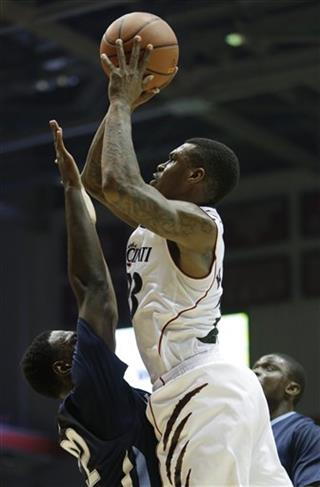 JayVaughn Pinkston, Sean Kilpatrick
