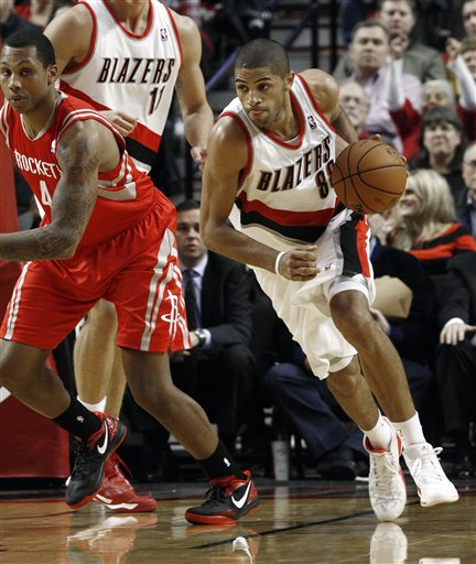 Nicolas Batum, Greg Smith