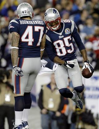 Michael Hoomanawanui, Brandon Lloyd