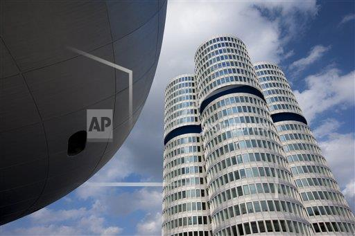 Creative Robert Harding Productions /AP Images A  Bavaria Germany 1161-5743 Modern architecture at the BMW Headquarters office blocks and Museum in Munich, Bavaria, Germany