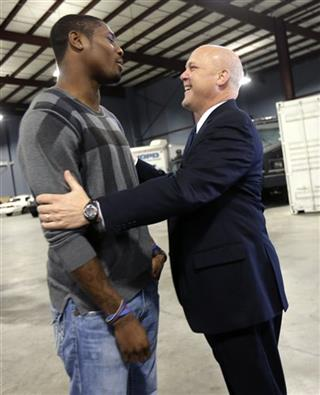 Mitch Landrieu, Jacoby Jones