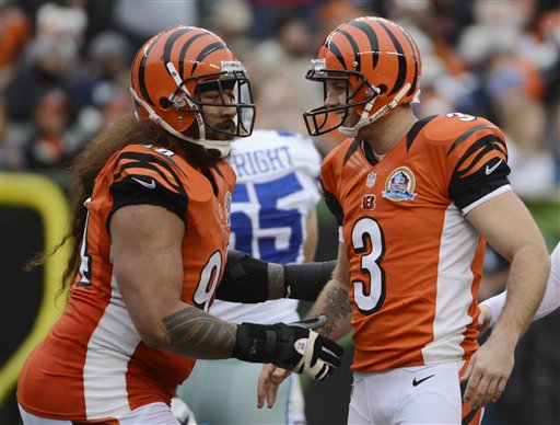 Josh Brown, Domata Peko