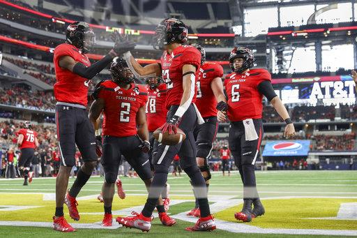 COLLEGE FOOTBALL: NOV 24 TFBI Shootout - Texas Tech v Baylor