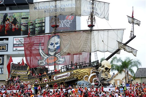 Fans, Pirate ship