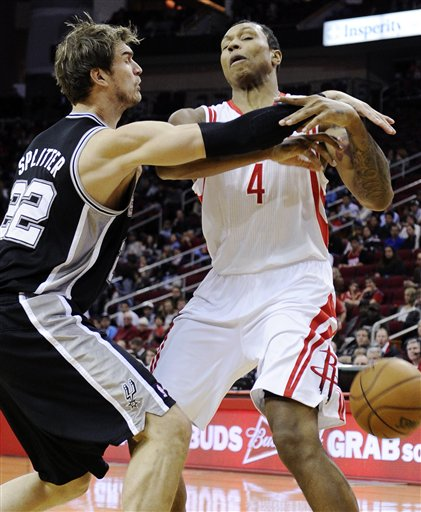 Tiago Splitter, Greg Smith