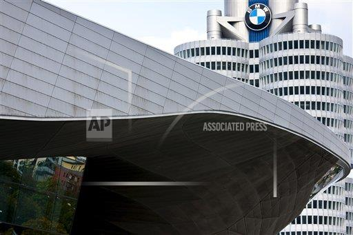 Creative Robert Harding Productions /AP Images A  Bavaria Germany 1161-5756 Modern architecture at the BMW Headquarters office blocks, showroom and customer collection centre in Munich, Bavaria, Germany