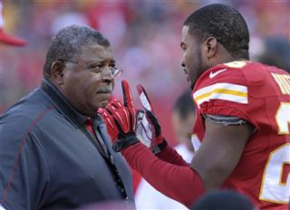 Romeo Crennel, Stanford Routt