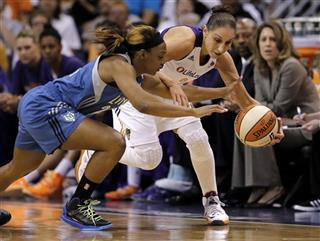 Monica Wright, Diana Taurasi