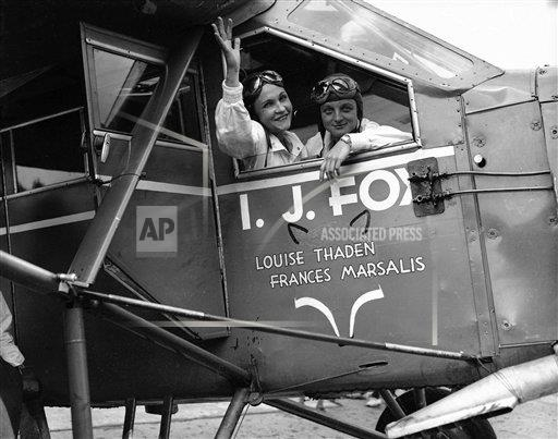 Watchf AP A  NY USA APHS291524 Womens Refueling Endurance Record 1932