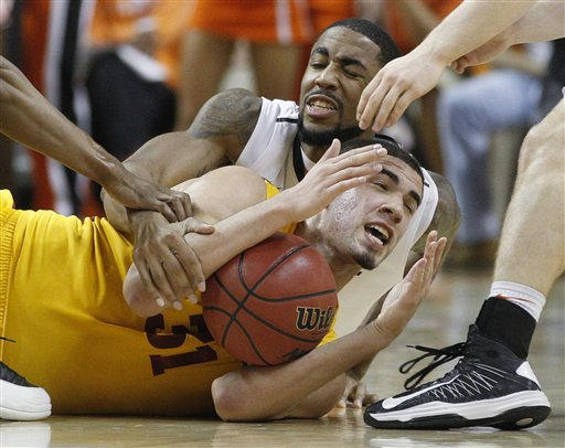 Michael Cobbins, Georges Niang