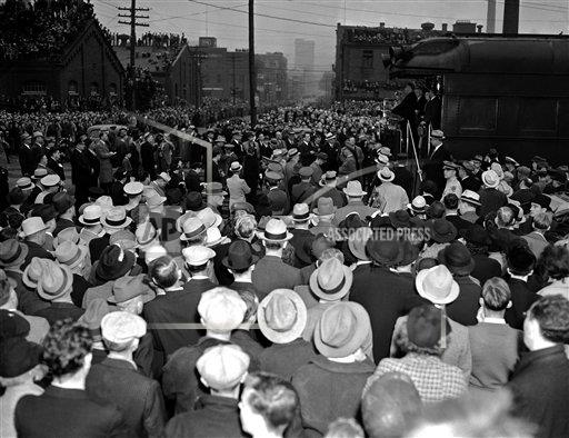 Watchf AP A  IA USA APHS371272 President Franklin Roosevelt Campaigning