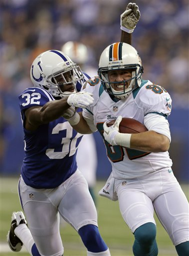 Cassius Vaughn, Brian Hartline