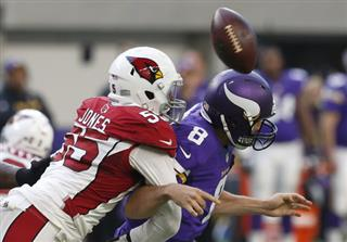 Sam Bradford, Chandler Jones