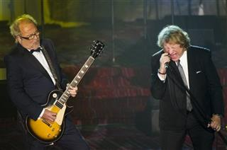Mick Jones, Lou Gramm