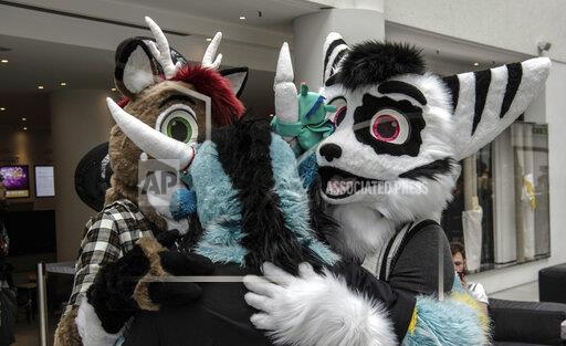 """Furry-Freunde"" in Berlin - fair for lovers of animal costumes"
