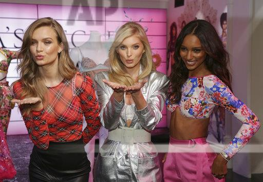 Victoria's Secret In Store VIP Fashion Show Experience