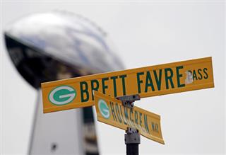 Hall of Fame Favre Football