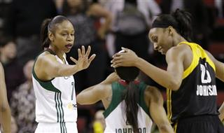 Temeka Johnson, Tina Thompson, Glory Johnson