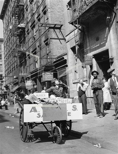 Watchf AP A  NY USA APHS395685 WWII US Salvage And Recycling