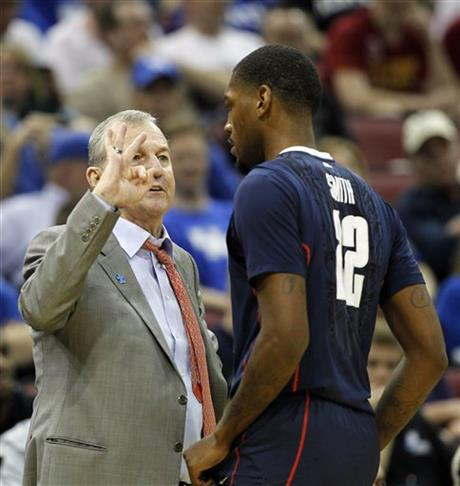 Jim Calhoun, Roscoe Smith
