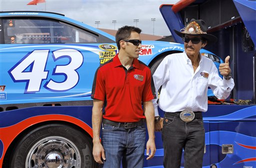 Richard Petty, Aric Almirola