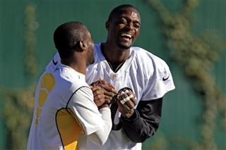 Plaxico Burress, Antonio Brown