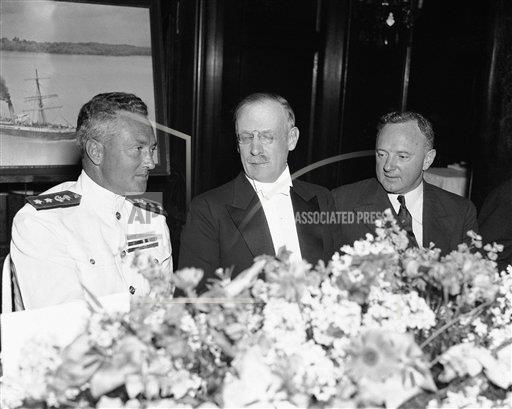 Watchf AP A  DC USA APHS340993 Richard Byrd, Gilbert Grosvener, and Senator Harry Byrd