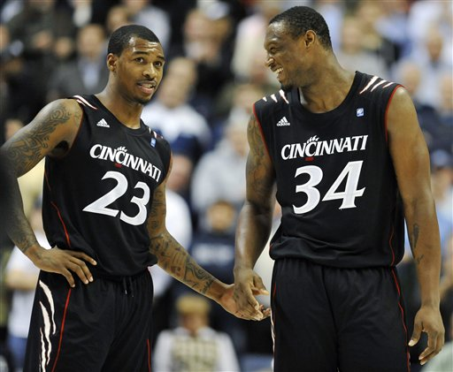 Sean Kilpatrick, Yancy Gates
