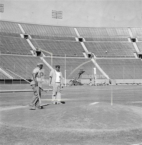 Watchf AP S BBN CA USA APHS229227 Los Angeles Coliseum 1959