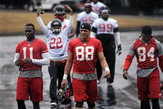 Tony Gonzalez , Julio Jones, Roddy White, Asante Samuel