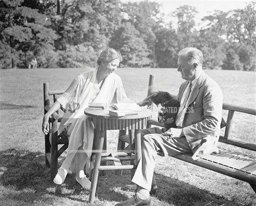 Watchf Associated Press Domestic News  New York United States APHS127824 FDR And Eleanor At Hyde Park 1933