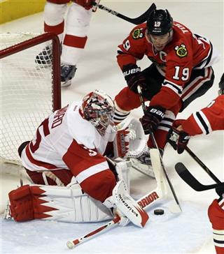 Jimmy Howard, Jonathan Toews