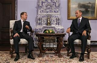 Dmitry Medvedev, Janes Jansa