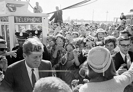 Associated Press Domestic News Texas United States KENNEDYS ARRIVE IN DALLAS