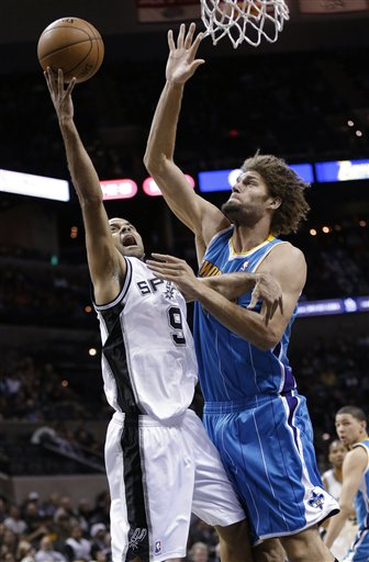 Tony Parker, Robin Lopez