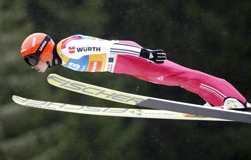 Frenzel wins Nordic combined World Cup, closes in on title