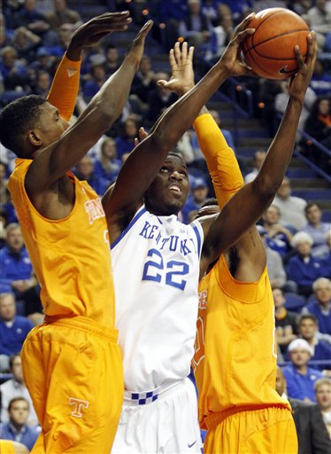 Alex Poythress, Josh Richardson, Yemi Makanjuola