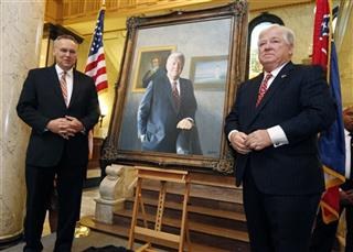 Haley Barbour, Greg Cartmell