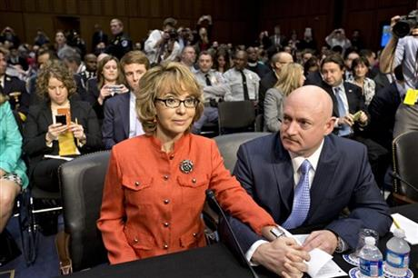 Gabrielle Giffords , Mark Kelly